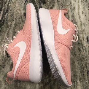 Nike Roshe Women's Running Shoes